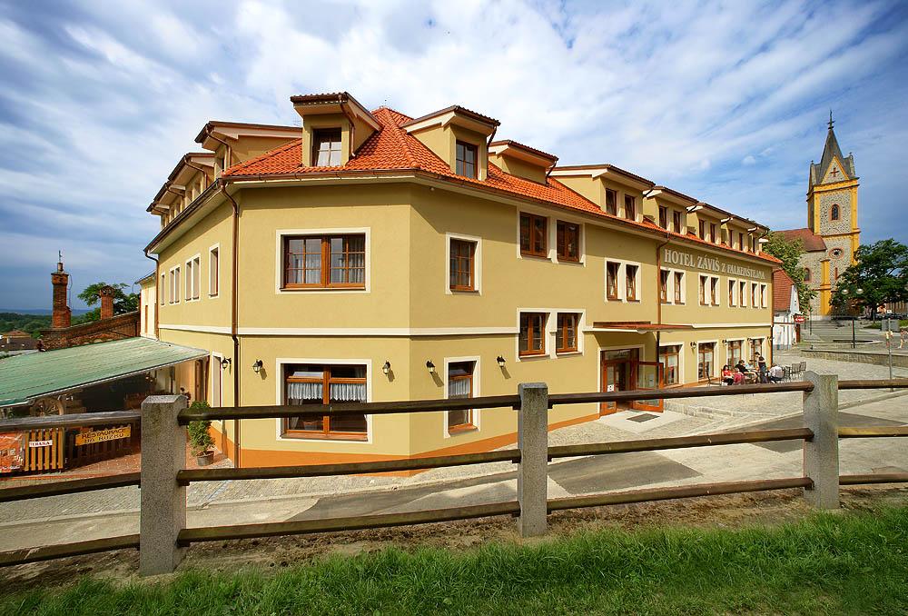 Hotel Záviš z Falknštějna